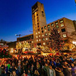 1 Advent Weihnachtsmarkt.Advent Calendar Stuttgarter Weihnachtsmarkt 27 11 23 12 2019